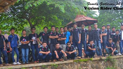 Family Gathering VRC: We Are Brother Together Forever