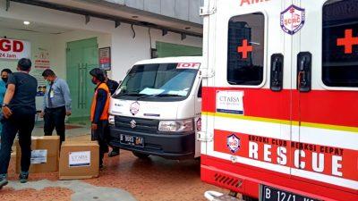 Komunitas SCRC Distribusikan Bantuan Perlengkapan Tenaga Medis